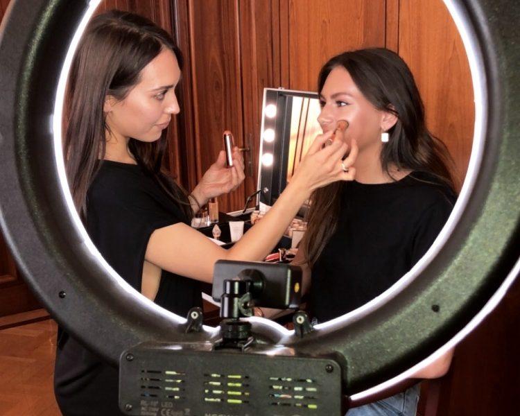 Behind The Scenes - Masterclass - Make-up Artist Tina Derkse - savourbytina